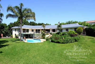 Constantia Villa | 5 Bedrooms