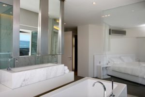 Camps Bay Apartment : 11-vacation-luxury-apartment-camps-bay