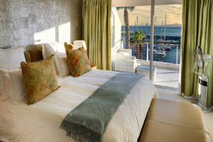 V&A Waterfront Apartment : 14-aqua-views-6-airproperty-co-za