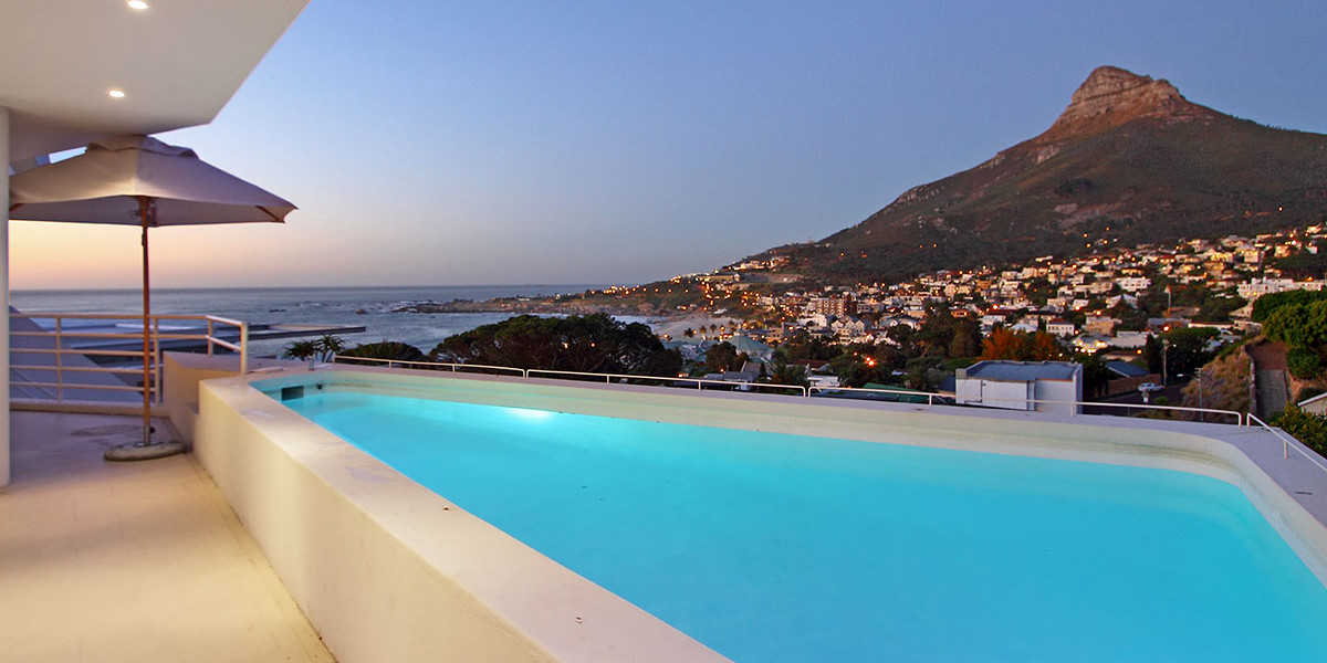 Holiday Rentals in Cape Town / Crystal Views