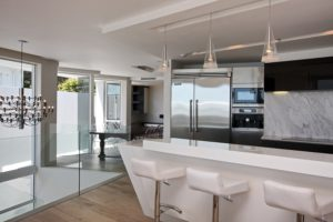 Camps Bay Apartment : 18-vacation-luxury-apartment-camps-bay