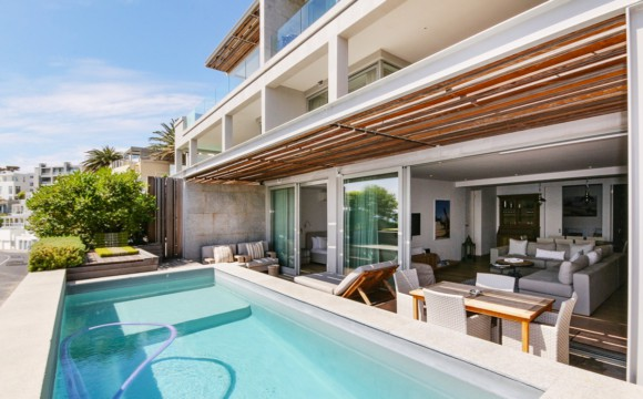 Camps Bay Apartment | 2 Bedrooms