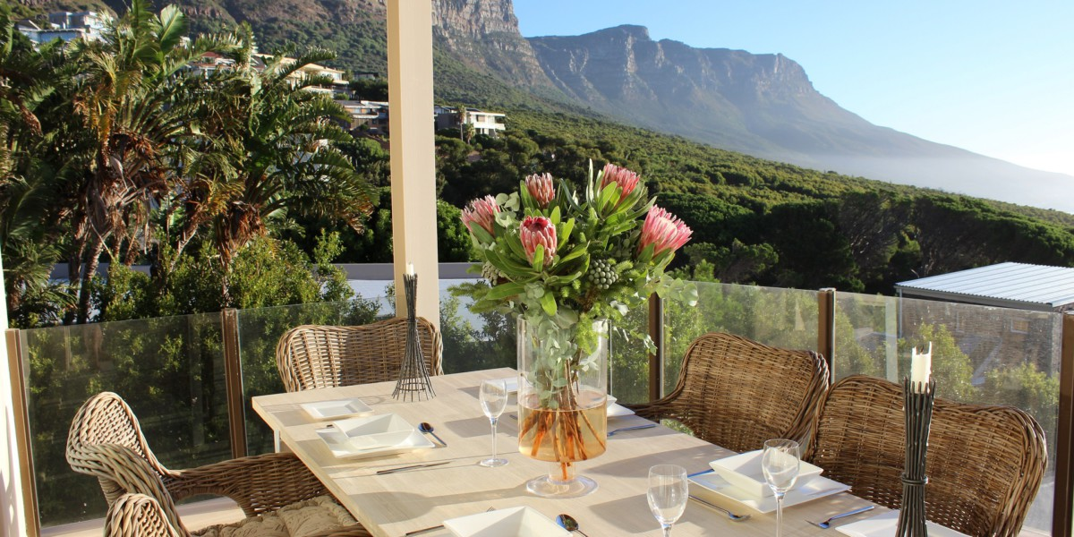 Holiday Rentals in Cape Town / Out of Africa Lodge