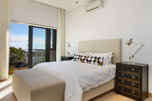 Camps Bay Villa : 4 Bedroom Camps Bay Modern 11