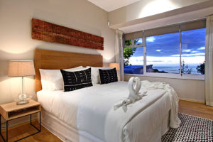Camps Bay Villa : 5 Bed Camps Bay Hillside 38