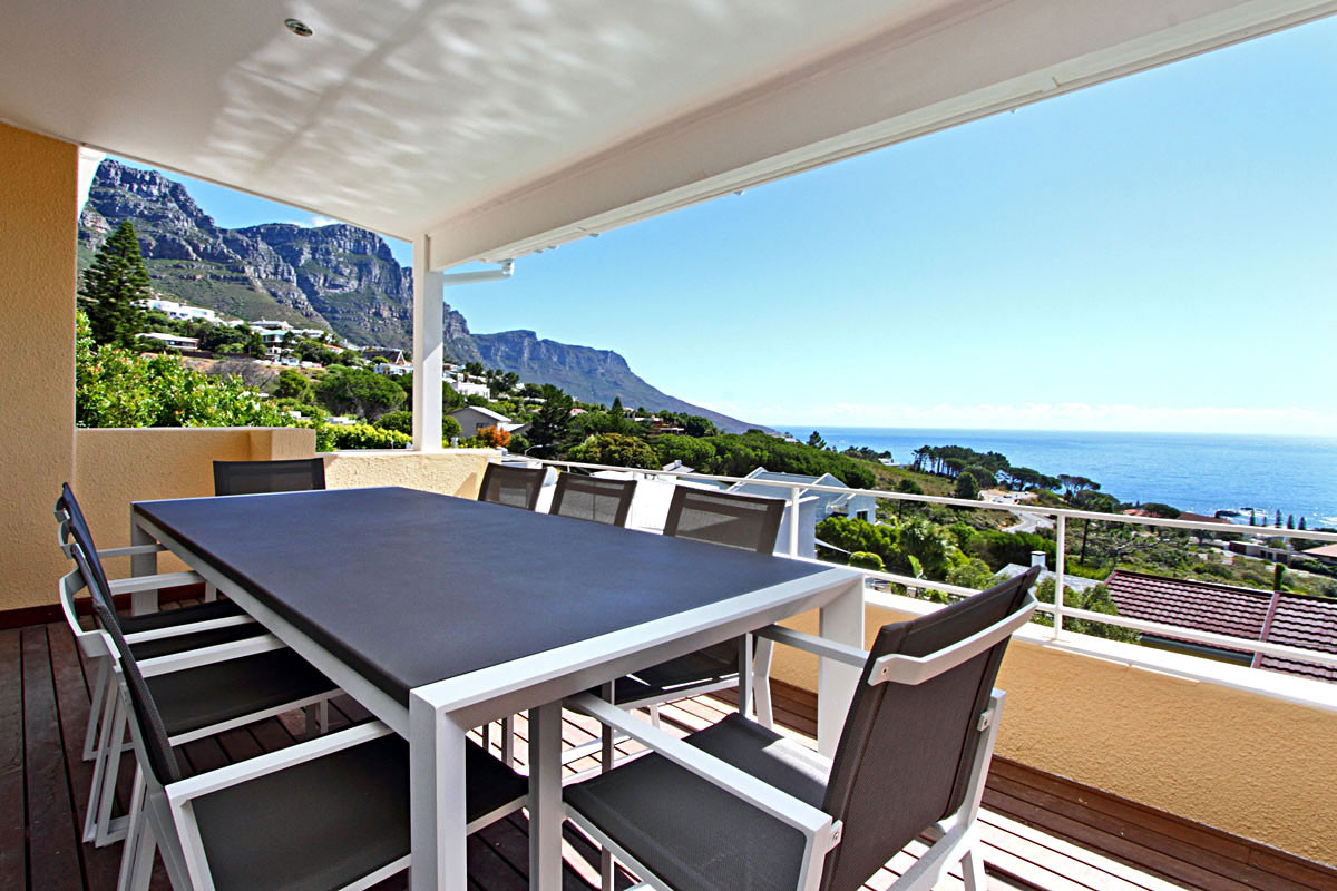 5 Bedroom Villa in Camps Bay