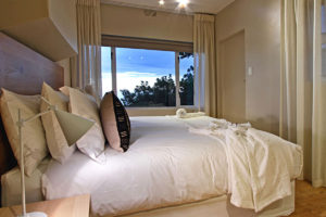 Camps Bay Villa : 5 Bed Camps Bay Hillside 41