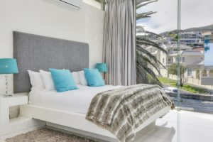Camps Bay Apartment : Beach Front Camps Bay Apartment 5