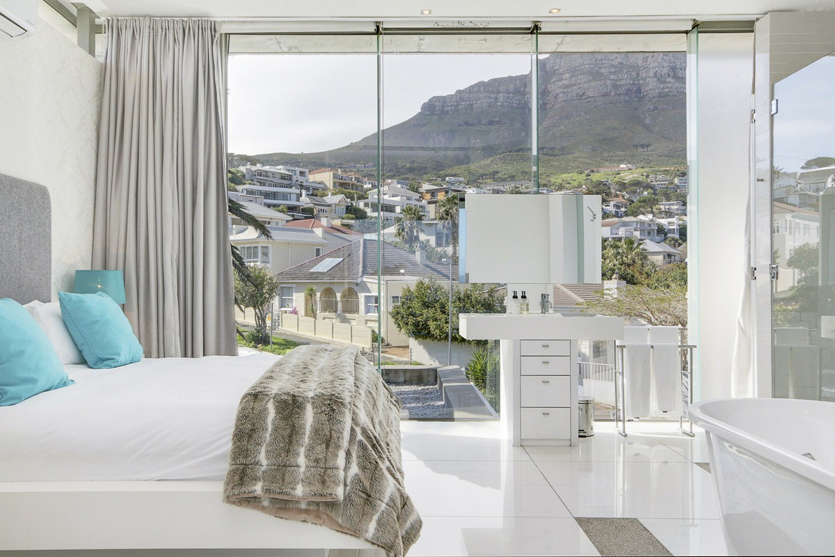 1 Bedroom Apartment in Camps Bay