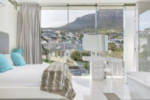 Camps Bay Apartment : Beach Front Camps Bay Apartment 6