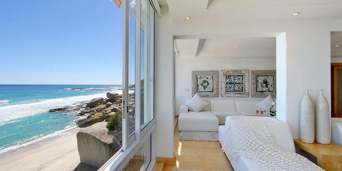 Holiday Rental Apartment on the Beach in Clifton, Cape Town