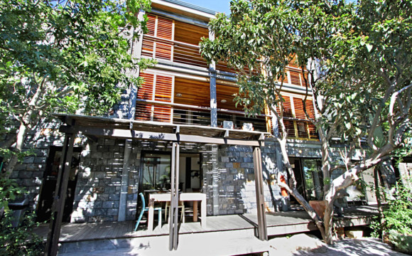 Camps Bay Apartment   1 Bedrooms
