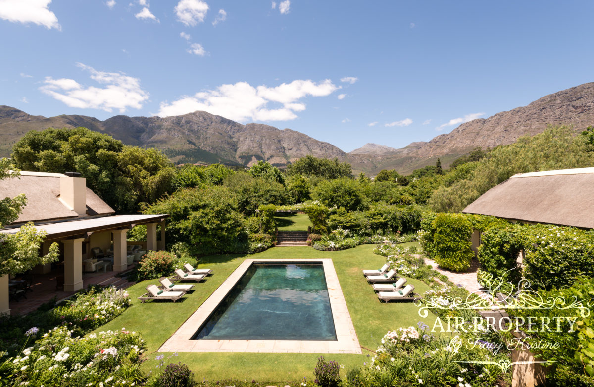 Holiday Rentals in		 						 		 	Franschoek