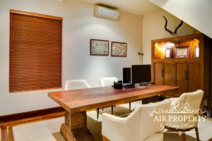 Camps Bay Villa : Bali Paradise Office