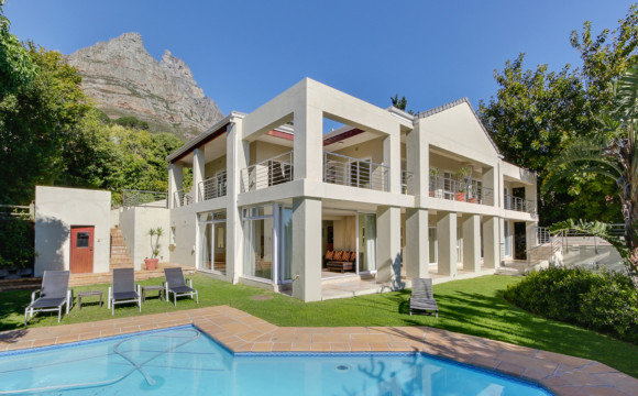 Camps Bay Villa | 7 Bedrooms