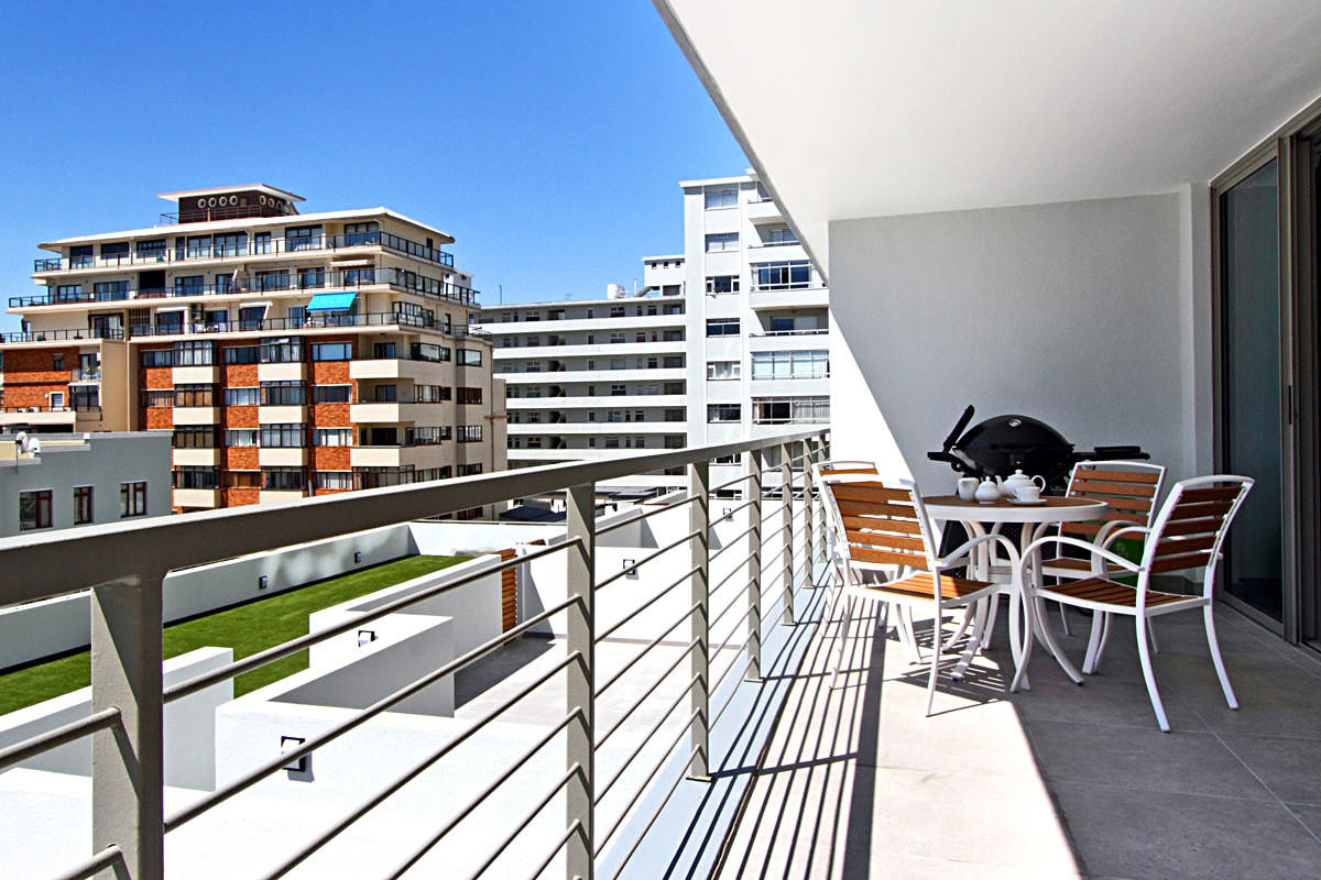 2 Bedroom Apartment in Sea Point