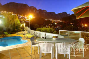 Camps Bay Villa : 3 Bed Camps Bay Strathmore 1
