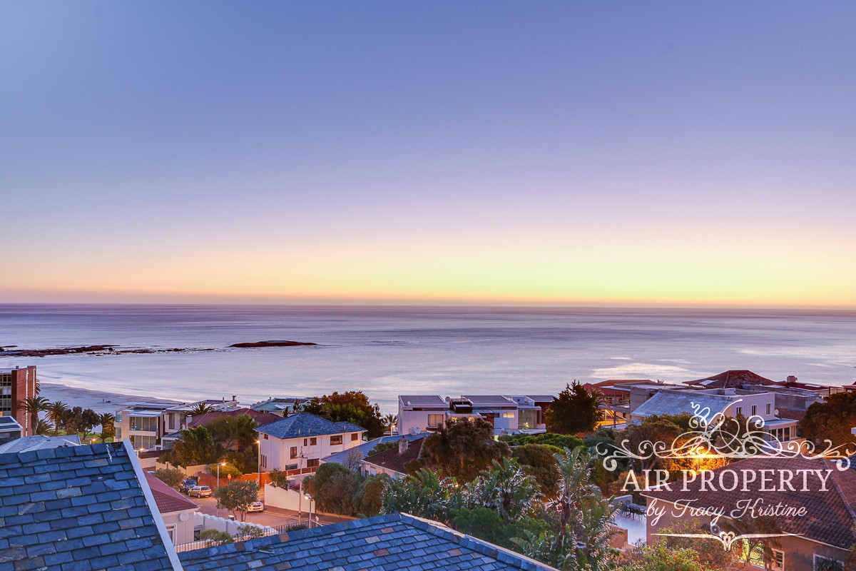 3 Bedroom Villa in Camps Bay