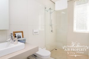 Camps Bay Apartment : 3 Bed Top Camps Bay 24
