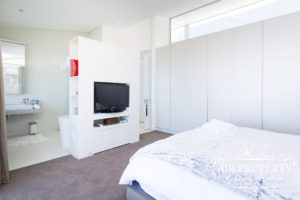 Camps Bay Apartment : 3 Bed Top Camps Bay 48