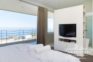 Camps Bay Apartment : 3 Bed Top Camps Bay 51