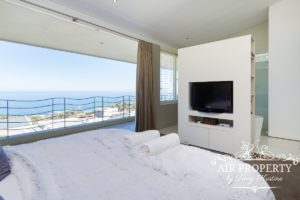 Camps Bay Apartment : 3 Bed Top Camps Bay 52