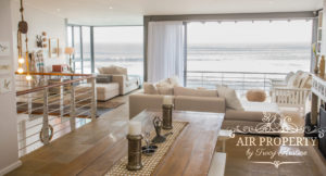 Misty Cliffs Villa : 3 Bed Misty Cliffs Dinning Room With Open Plan Lounge See View