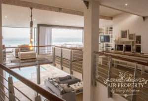 Misty Cliffs Villa : 3 Bed Misty Cliffs Living Area With See View