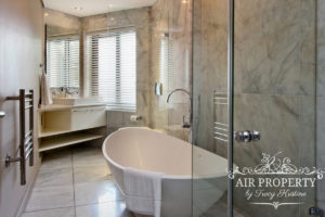 Camps Bay Apartment : 3 Bedroom Luxury Camps Bay Villa 12