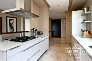 Camps Bay Apartment : 3 Bedroom Luxury Camps Bay Villa 20