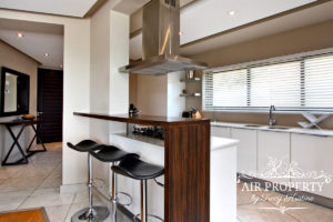 Camps Bay Apartment : 3 Bedroom Luxury Camps Bay Villa 21
