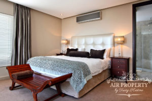 Camps Bay Apartment : 3 Bedroom Luxury Camps Bay Villa 7