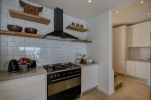 Green Point Apartment : Open Plan Kitchen 21