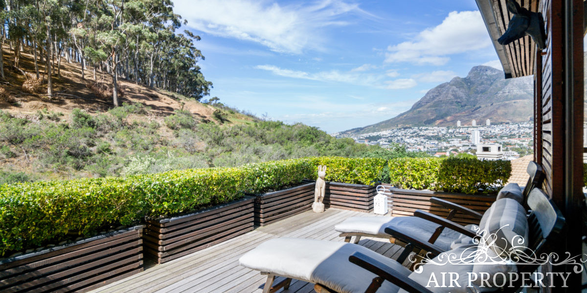Holiday Rentals in Cape Town / Eveline