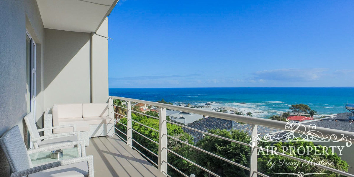 Holiday Rentals in Cape Town / Ivory Prince Apartment