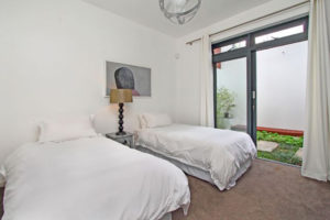 Green Point Villa : cape-town-green-point-rental-2beds2