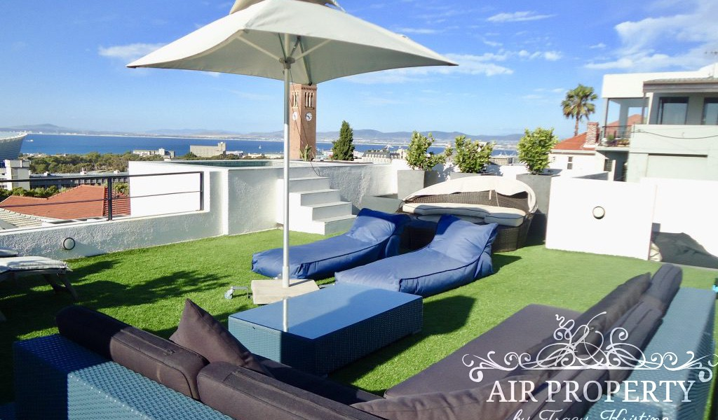 Holiday Rentals in Cape Town / Green Jewel
