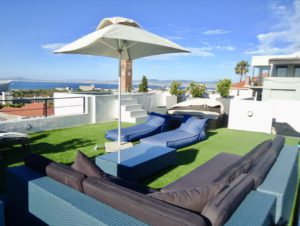 Green Point Villa : cape-town-green-point-rental-2beds42-1024×771