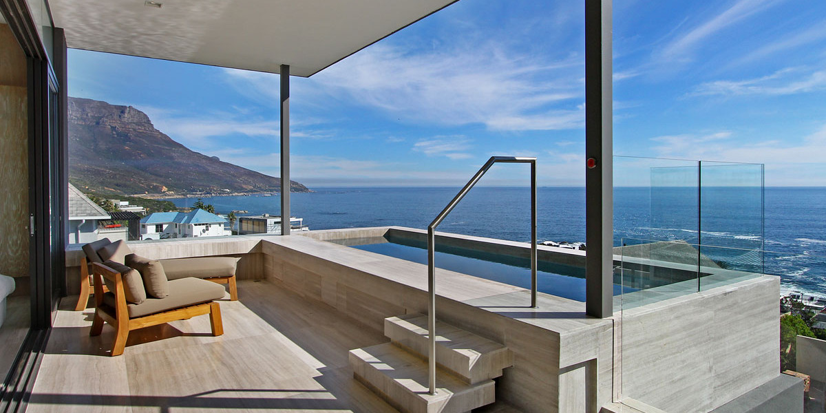 4 Bedroom Modern Villa in Camps Bay, Cape Town
