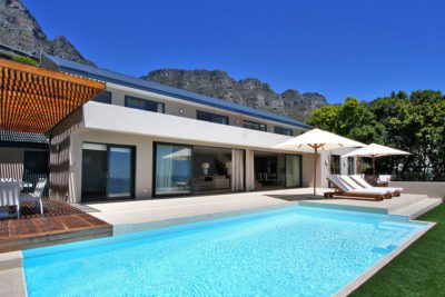Camps Bay Villa : Pool area 3