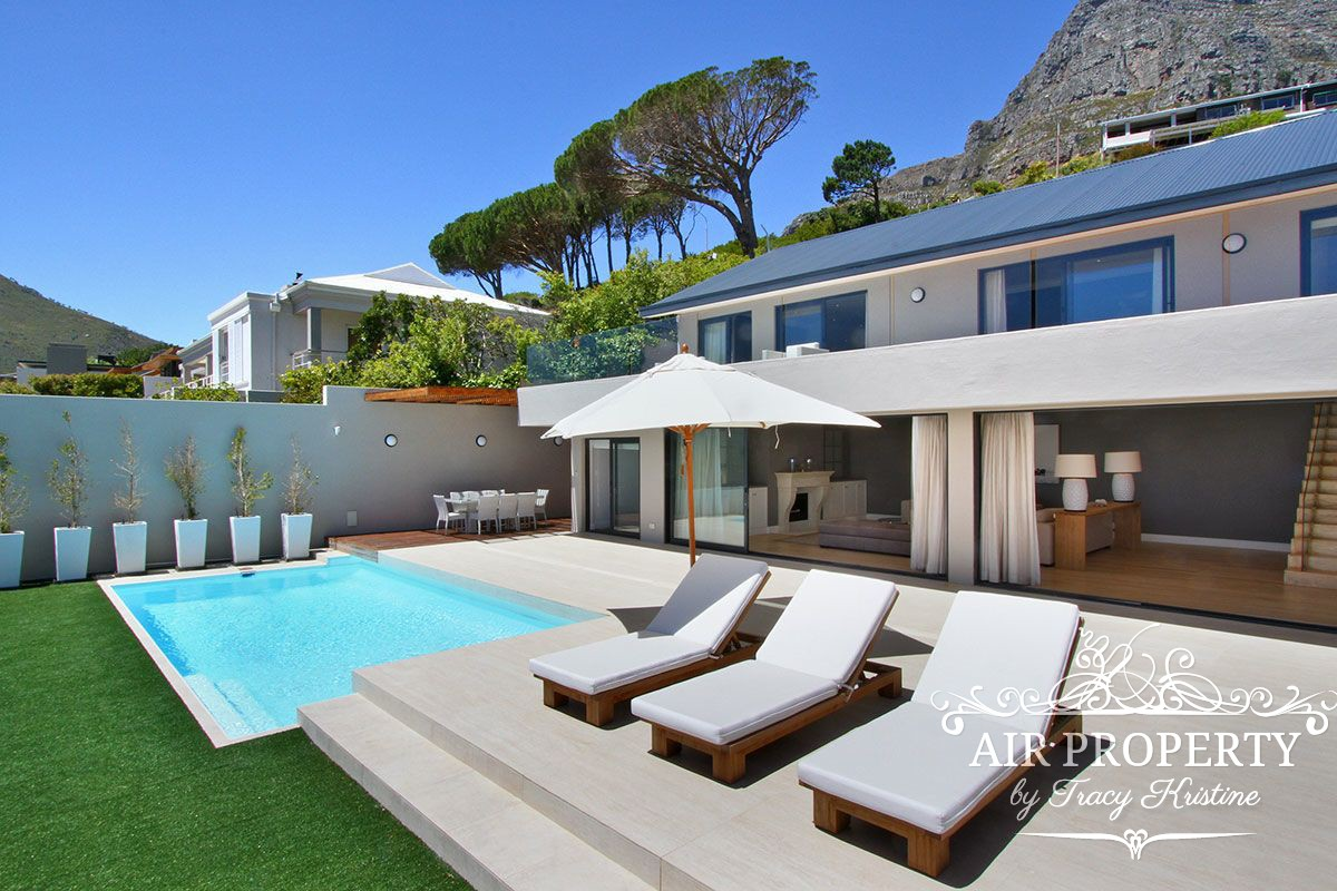 4 Bedroom Villa in Camps Bay