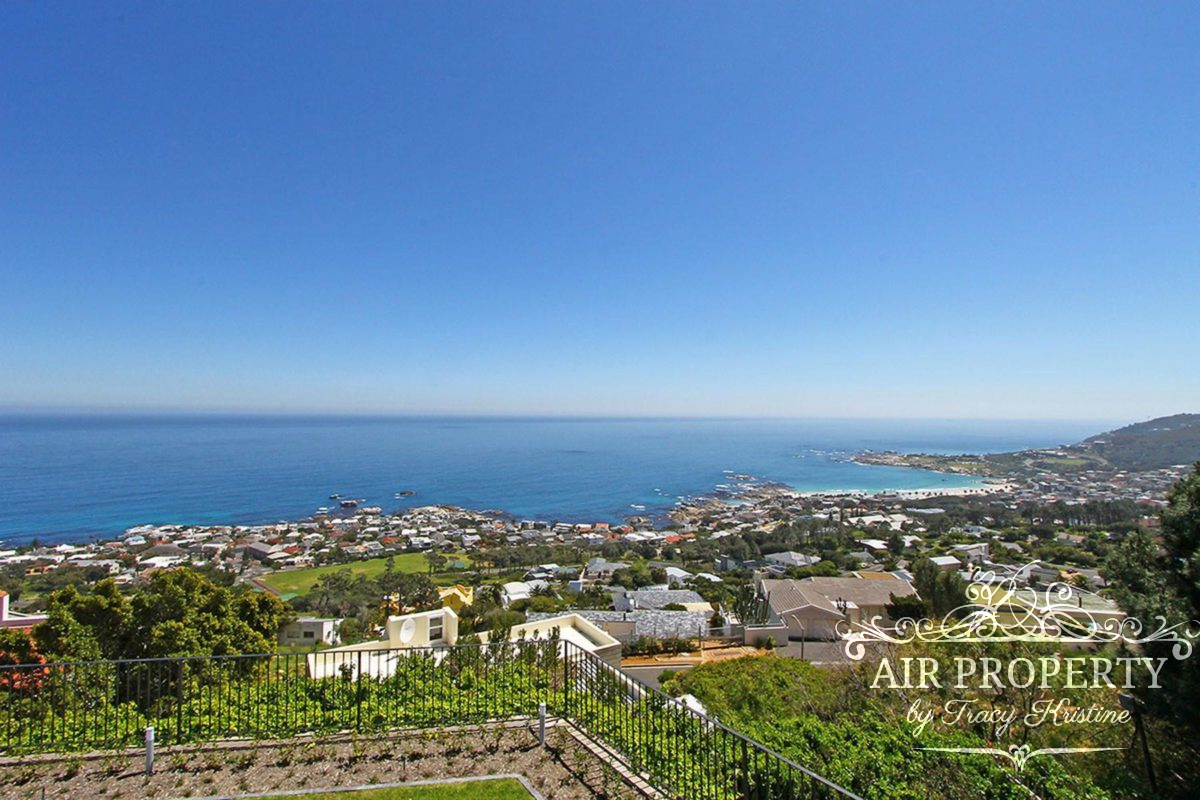 Cape Town Holiday Rentals with		 		 	Media Room