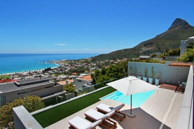 Camps Bay Villa : View from pool area