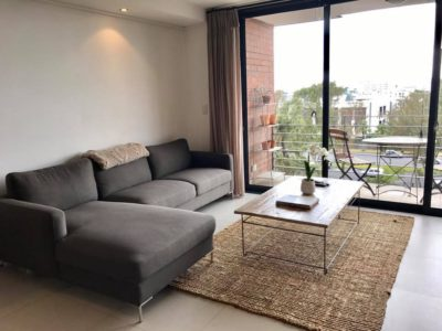 Green Point Apartment : Apartment Lounge