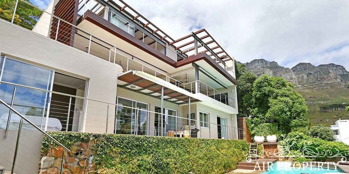 Holiday Rentals in Cape Town / Free Spirit