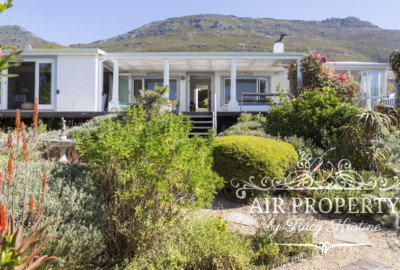 Simon's Town Villa | 4 Bedrooms