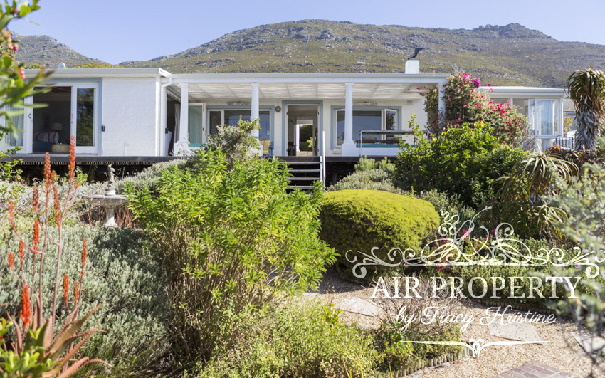 Holiday Rentals in		 						 		 	Simons Town