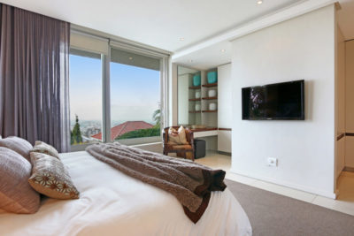 Sea Point Villa : luxury cape town villa7