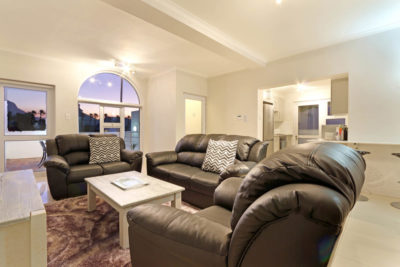 Camps Bay Apartment : luxurycampsbayapartment3