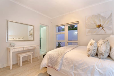 Camps Bay Apartment : luxurycampsbayapartment9